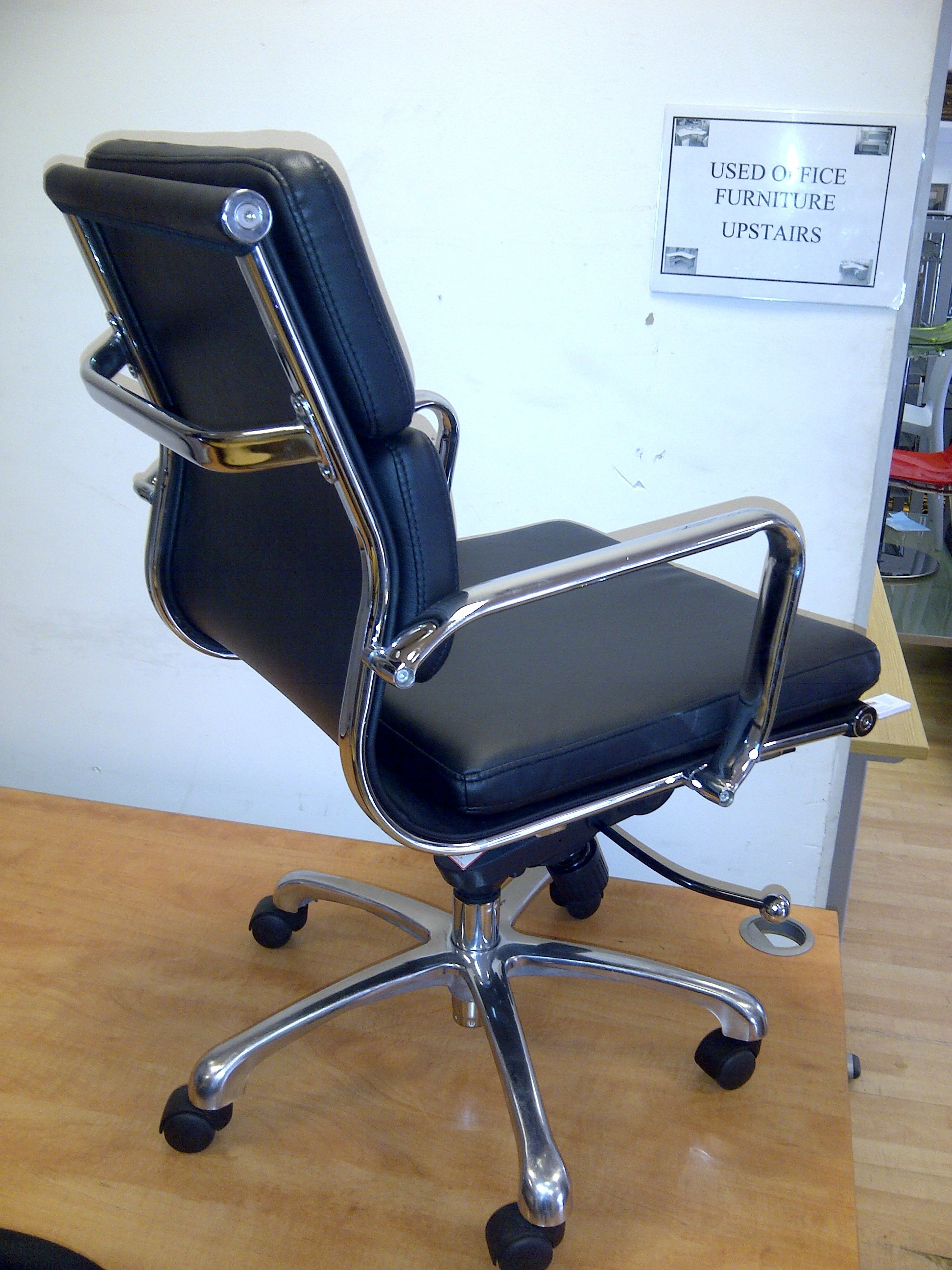 Used Eames Soft Pad Chair Used Office Furniture Docklands London New in  stock UsedEames Soft Pad Management Chair Used  1970 Eames Soft Pad  . Eames Soft Pad Management Chair Used. Home Design Ideas